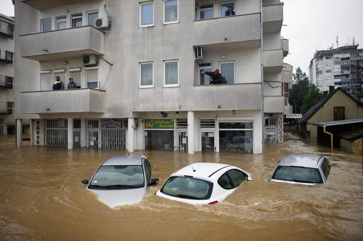 osuszanie po powodzi dla budynków