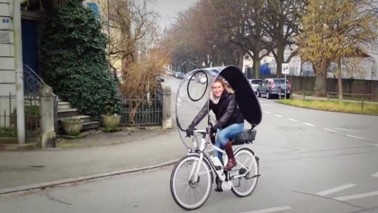 osłona na rower podczas jazdy