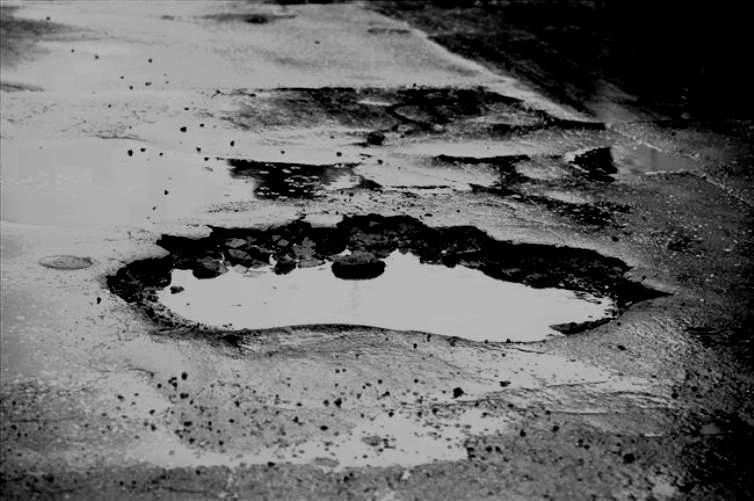 dziura-w-drogach